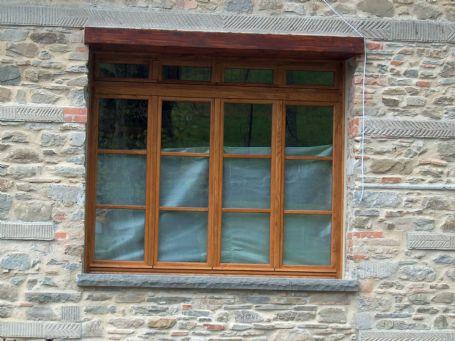 Finestra a 4 ante in rovere finestre lavori svolti for Finestra a 2 ante
